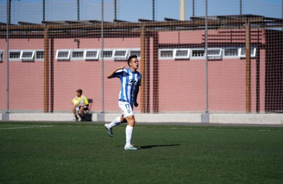 Atlético Baleares continues co-leading the League in spite of losing in Gran Canaria (2-1)