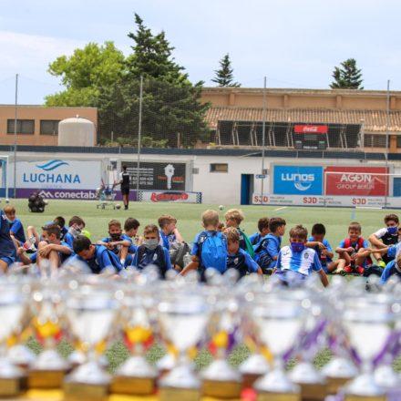 Galería de fotos de la entrega de trofeos y diplomas del Campus